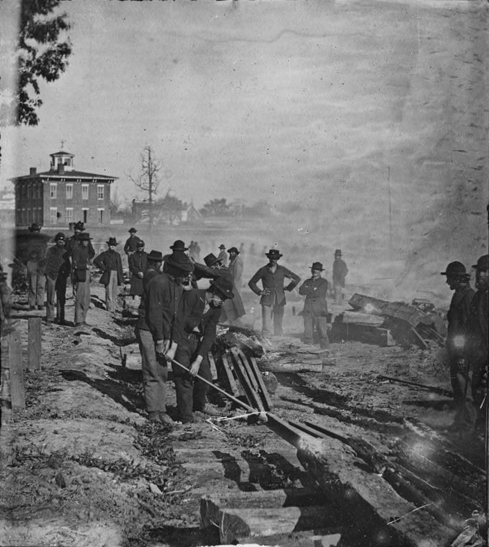-railroad-destroy-noborder